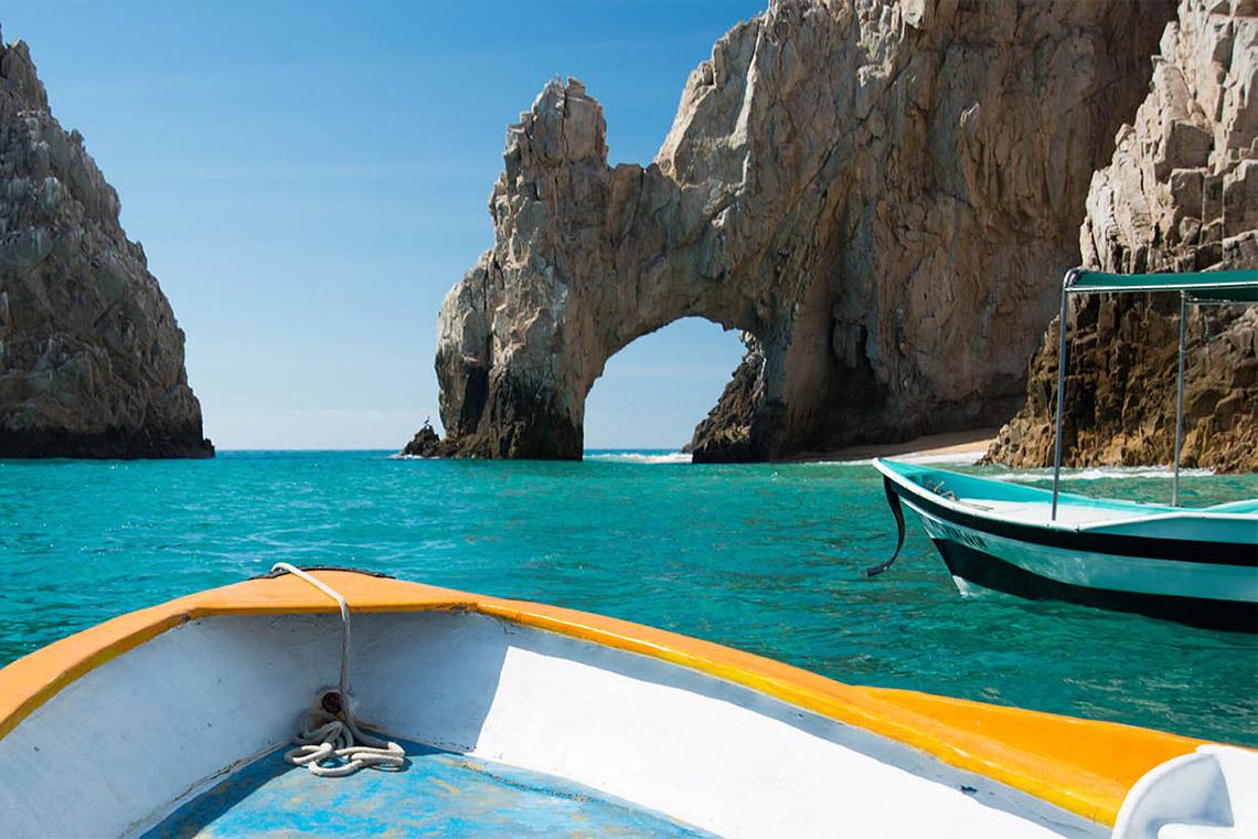 boating in cabo